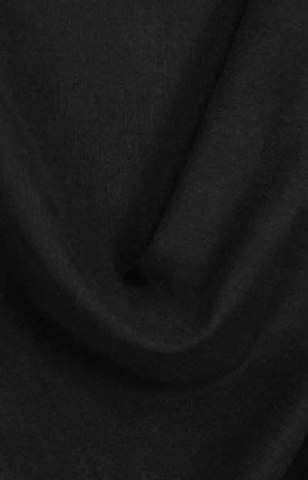 Lichte velours look zwart